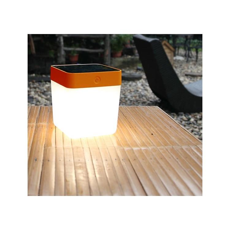 Lampe à poser solaire Orange TABLE CUBE, LED Intégrée, 1W, 100 lumens, 3000K, IP44, SOLAIRE, Classe III